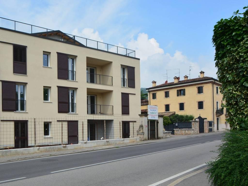 foto  Trilocale nuovo, piano terra, Verona