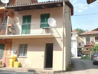 Foto - Casa indipendente via san defendente, 9, Viverone
