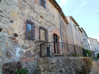 Foto - Casa indipendente via Costa Alta 50, Tolfa