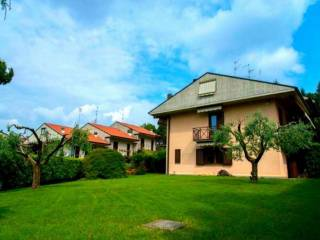 Photo - Terraced house via Gaetano Donizetti, Villa d'Almè