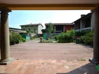 Foto - Casa indipendente via valentino bosis, 15, Passirano