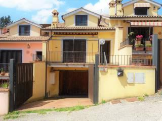 Foto - Villetta a schiera via dei Costaroni, Riano