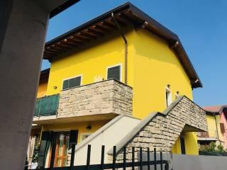 Photo - Detached house 60 sq.m., excellent condition, Terno d'Isola