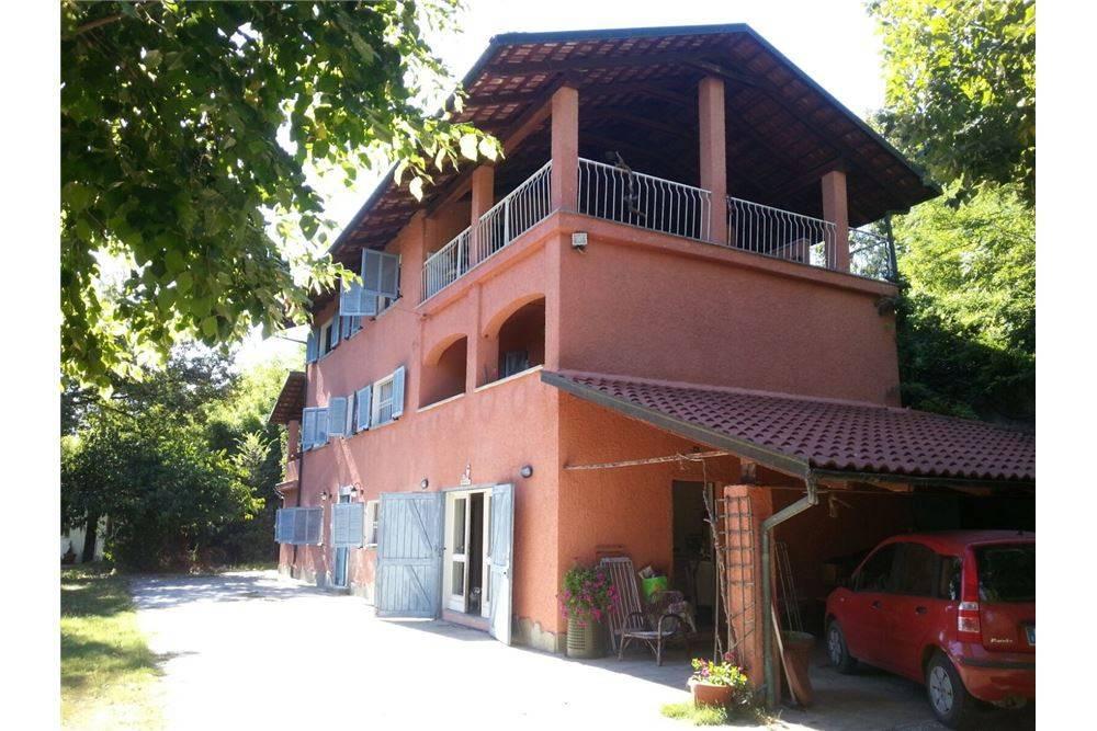 foto  Rustico / Casale 370 mq, Piea
