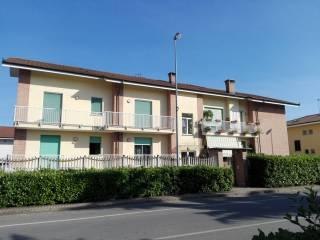 Foto - Quadrilocale Strada Gangaglietti 4, Caramagna Piemonte