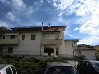 Foto - Bilocale via Piergiovanni Buattini, Passignano sul Trasimeno