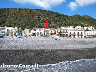 Foto - Trilocale via Cesare Battisti, Canneto, Lipari