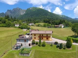 Foto - Casa indipendente via Barp, Sedico