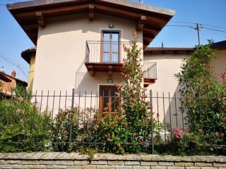 Foto - Bilocale via Principi delle Cisterna, Reano