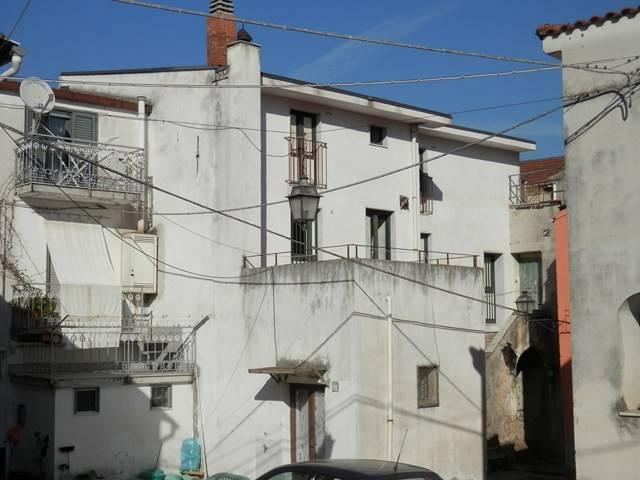 Vendita Casa indipendente Mercato San Severino. Nuova, terrazza ...