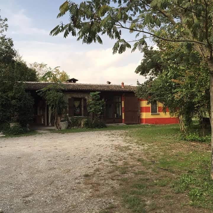 foto  Azienda agricola in Vendita a Commessaggio
