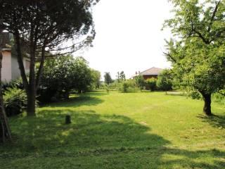 Foto - Terreno edificabile residenziale a Turate