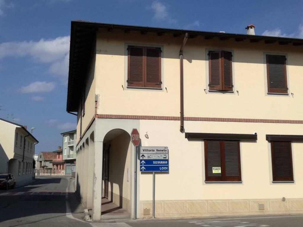 foto  Ufficio in Vendita a Brembio