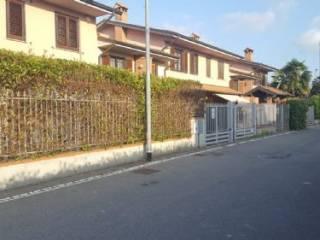 Foto - Villetta a schiera via Gorizia, Settala