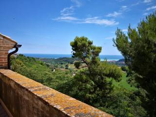 Foto - Casa indipendente vicolo degli Archi 3, Altidona