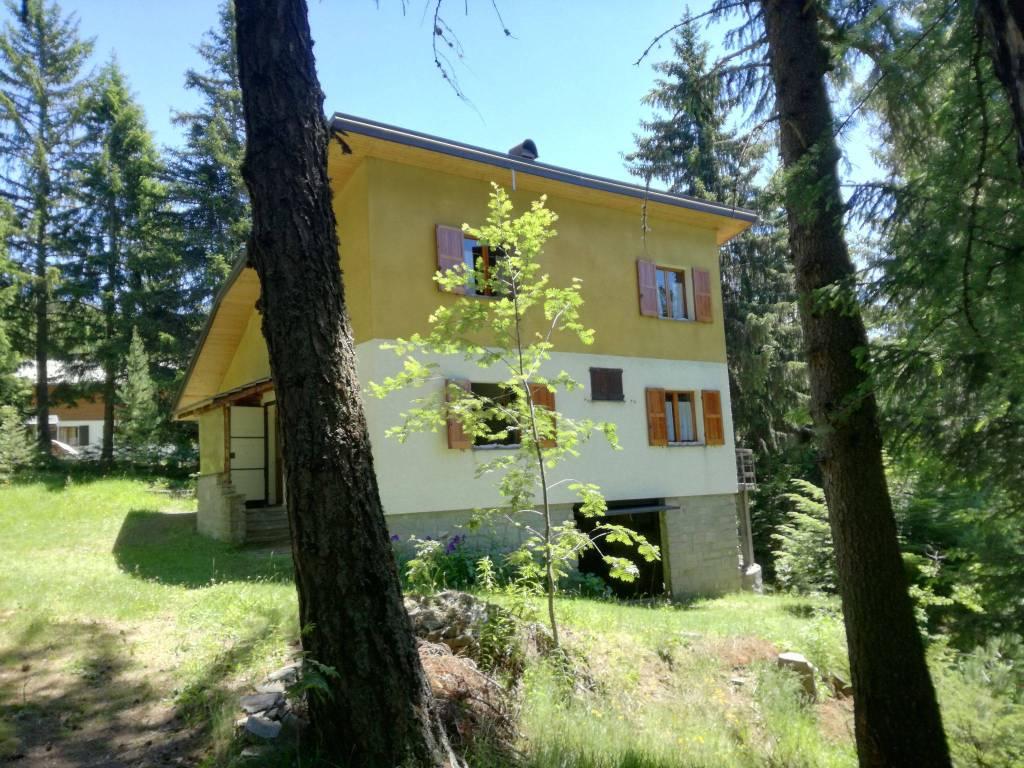 Ufficio Di Piano Tirano : Trilocale in vendita a area residenziale aprica aprica
