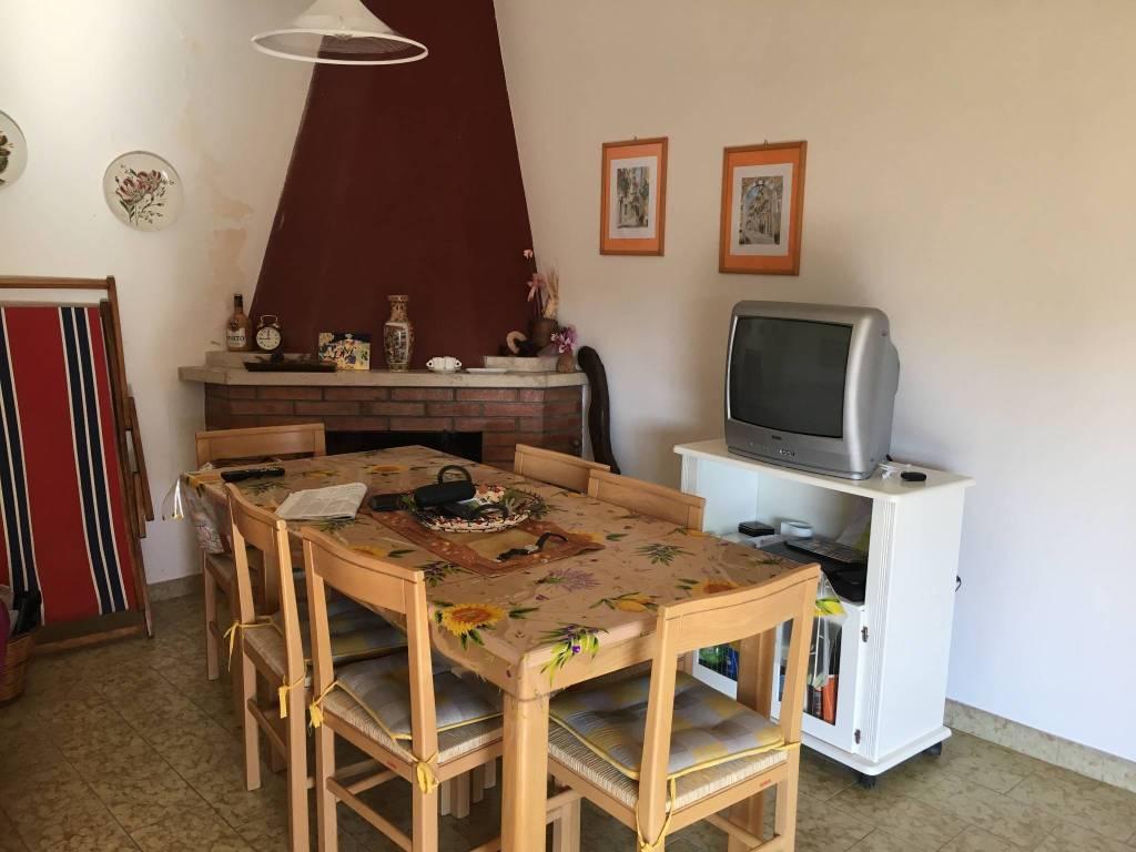 foto  Trilocale via Grottonello 20, Mongiuffi Melia