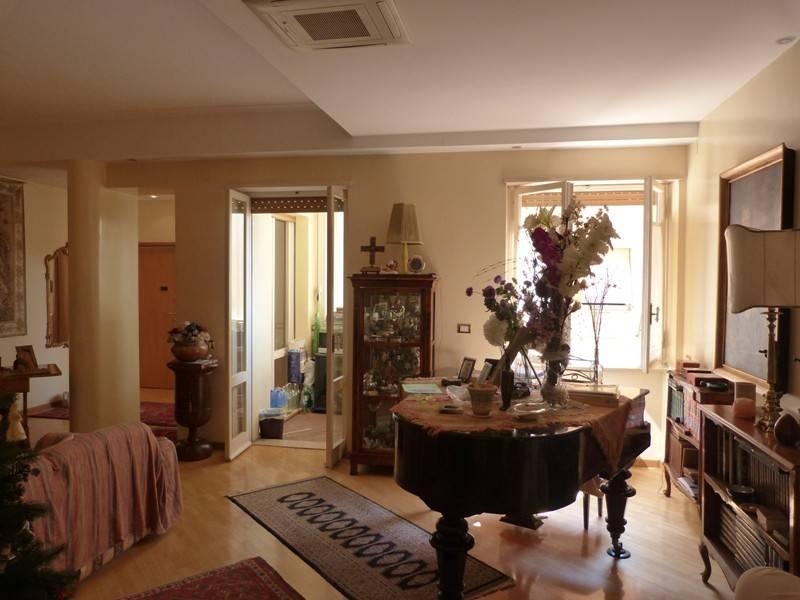 foto  Appartamento via Centuripe 34, Roma