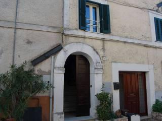 Foto - Bilocale piazza volpi, Castel San Pietro, Poggio Mirteto