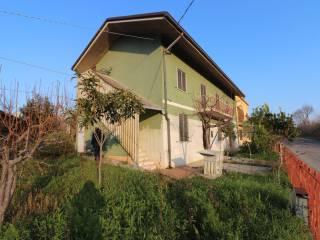 Foto - Casa indipendente 180 mq, da ristrutturare, Campli