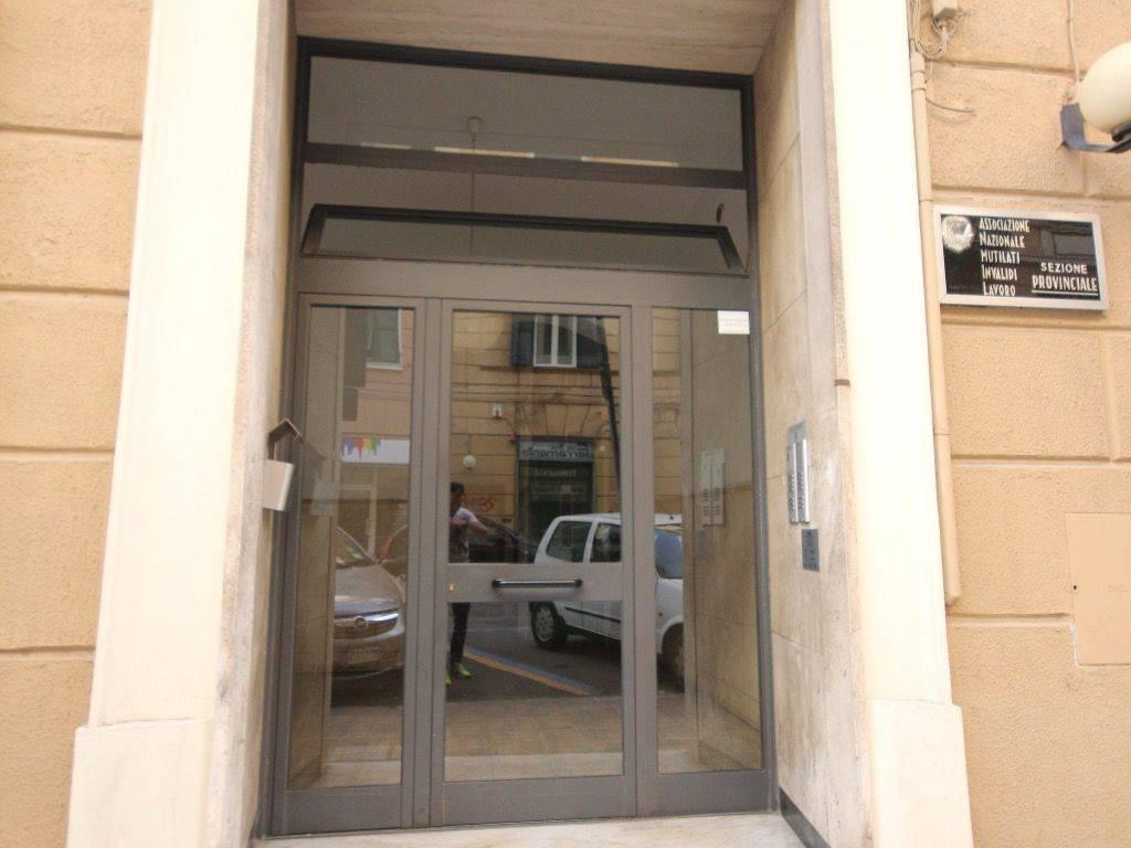foto ingresso casa Quadrilocale via Bartolomeo Guidobono 6, Savona