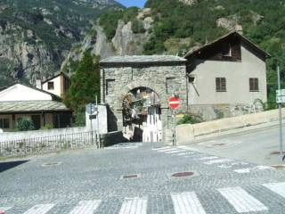 Foto - Trilocale via Principe Tommaso, Donnas