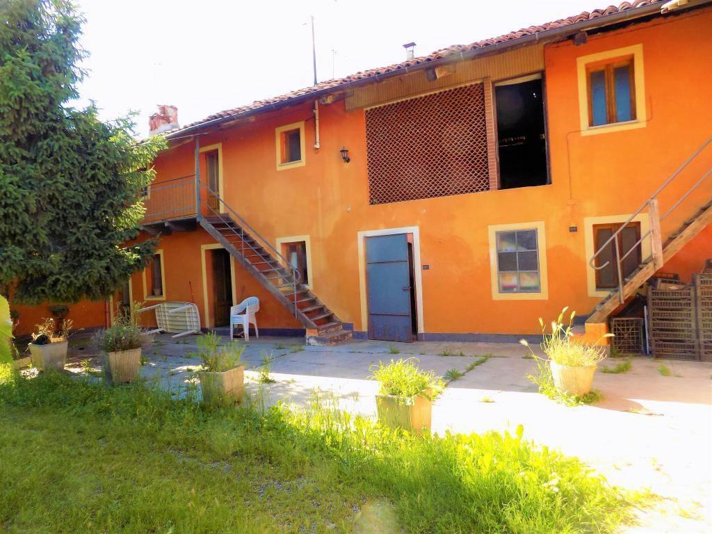 foto  Casa indipendente vicolo Monsignor Perlo 6, Caramagna Piemonte