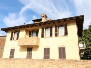 Foto - Trilocale via Cornalina 1, Gropparello
