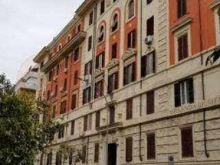 Foto - Bilocale via Raimondo Montecuccoli, Roma