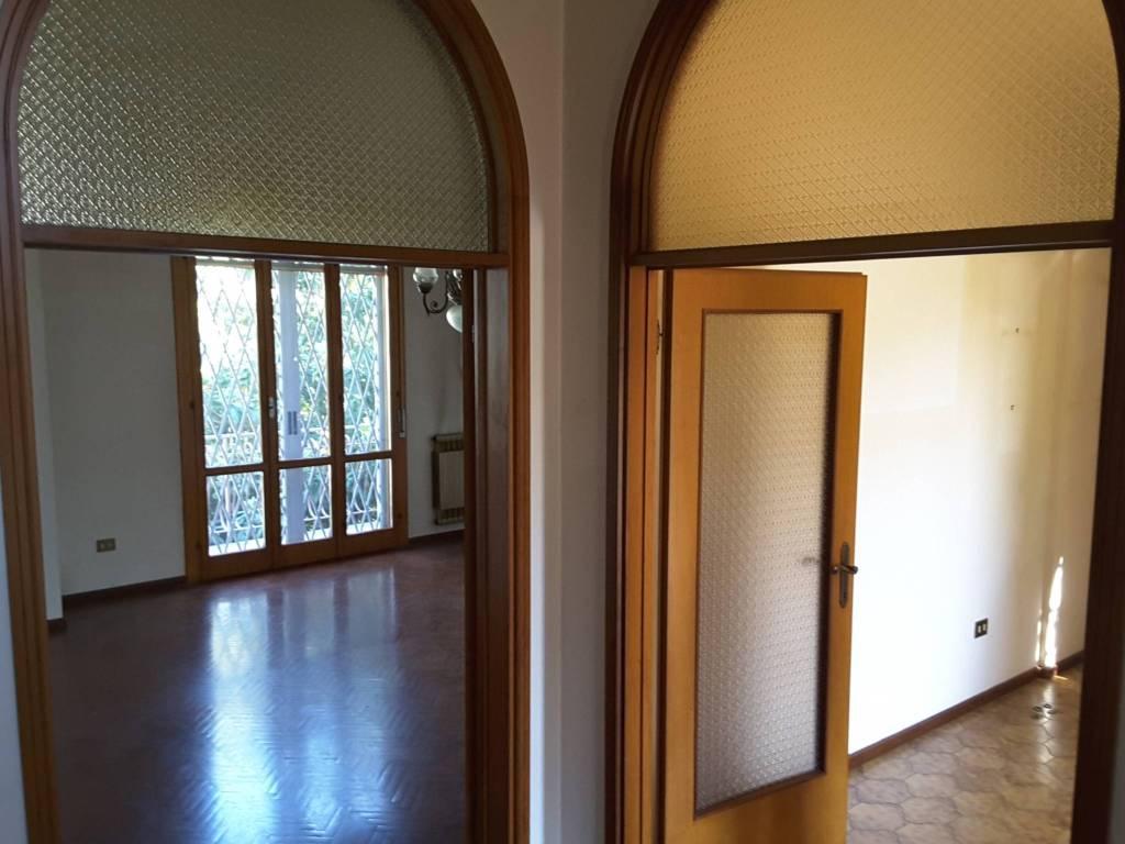 foto  Villa bifamiliare via Caprera, Ravenna