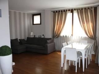 Photo - 3-room flat via Colombo Monsignore 7, Merate