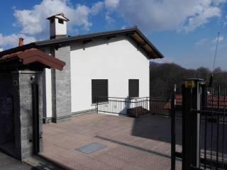 Foto - Villa via Madonnina 27, Cavagnano, Cuasso al Monte
