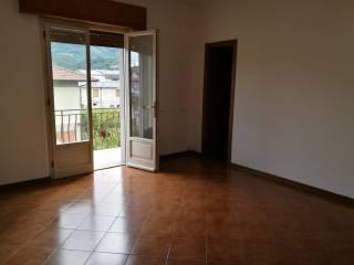 Foto - Appartamento ottimo stato, secondo piano, Castelnuovo di Garfagnana