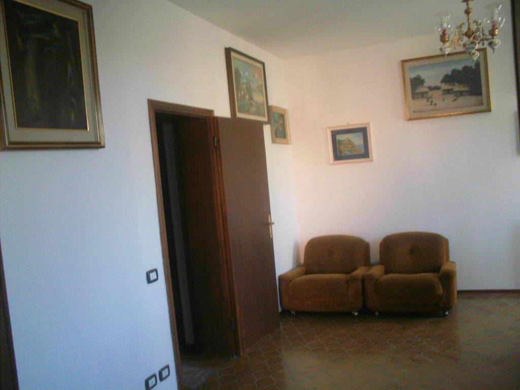 foto  Quadrilocale via Ragone, Ravenna