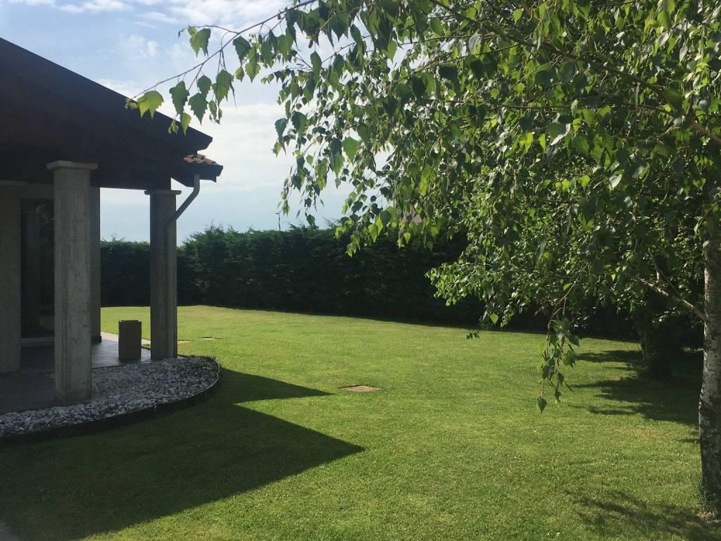 foto giardino Single family villa via Guglielmo Marconi, Gazoldo degli Ippoliti