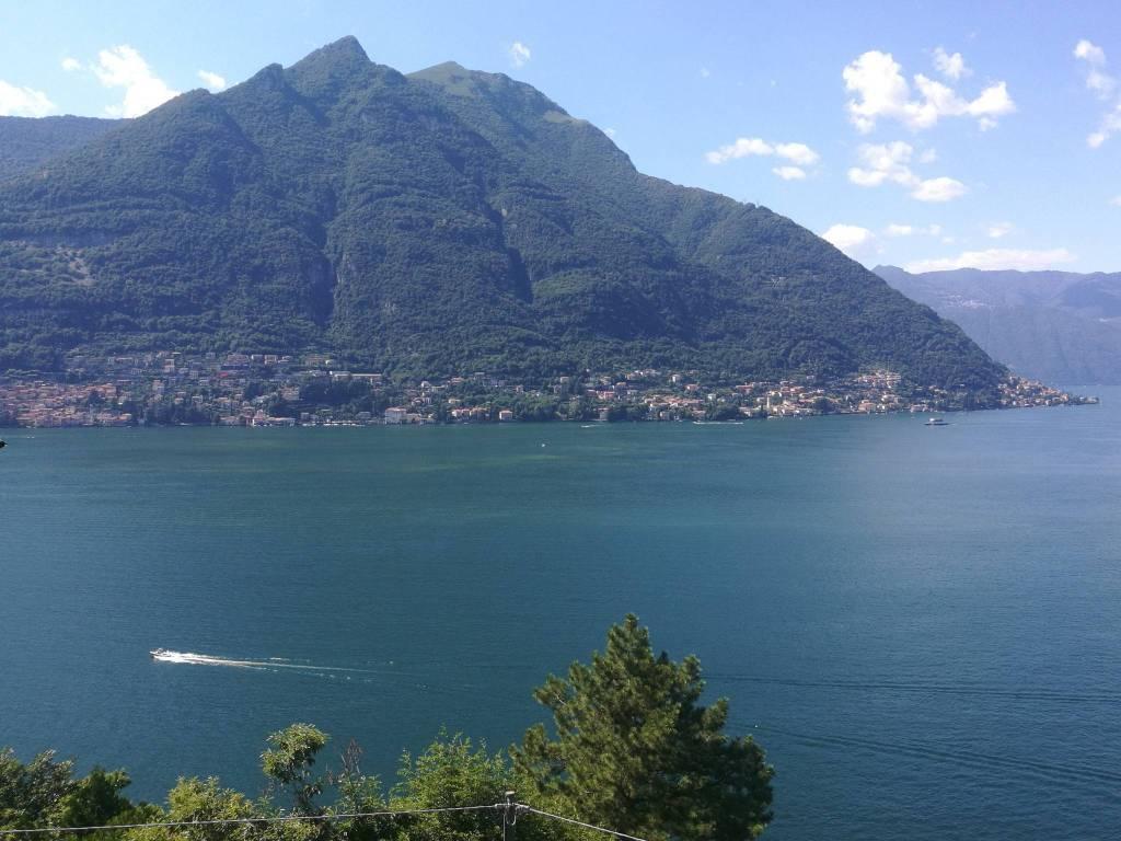 foto panoramica dalla cucina Четырехкомнатная квартира via Torno, Como