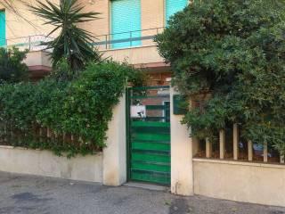 Case e appartamenti lungomare paolo toscanelli roma - Bagni vittoria ostia ...