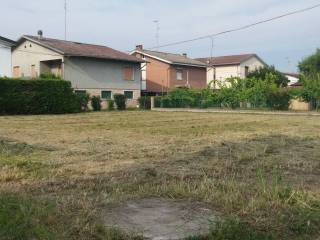 Foto - Terreno edificabile residenziale a Luzzara