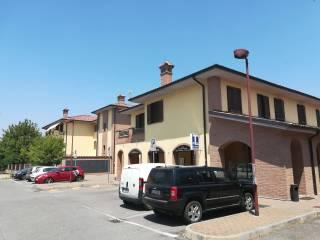 Foto - Bilocale piazza Monsignor Domenico Senna 4, Battuda