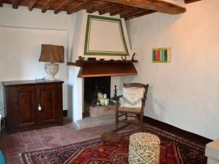 Foto - Rustico / Casale via Fibbiano, Fibbiano, Camaiore