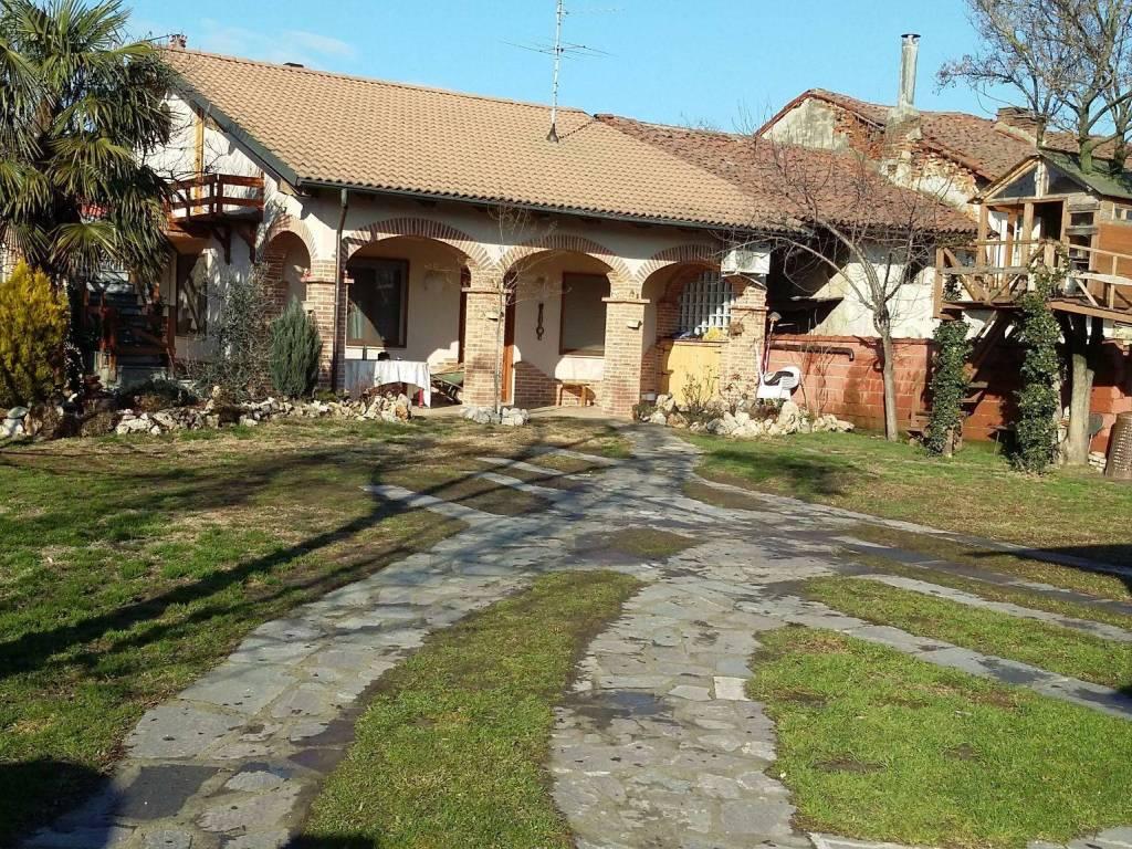 foto  Villa via Roma 34, Lamporo