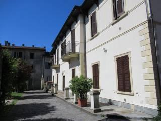 Foto - Quadrilocale via Chiesa 3, Comerio