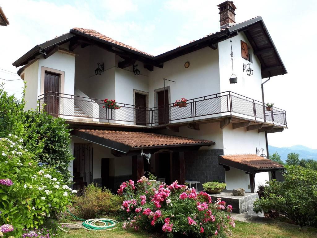 foto  Villa unifamiliare Località Baltegora, Cellio