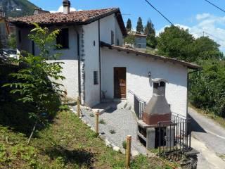 Foto - Casa indipendente 180 mq, ottimo stato, Gallicano