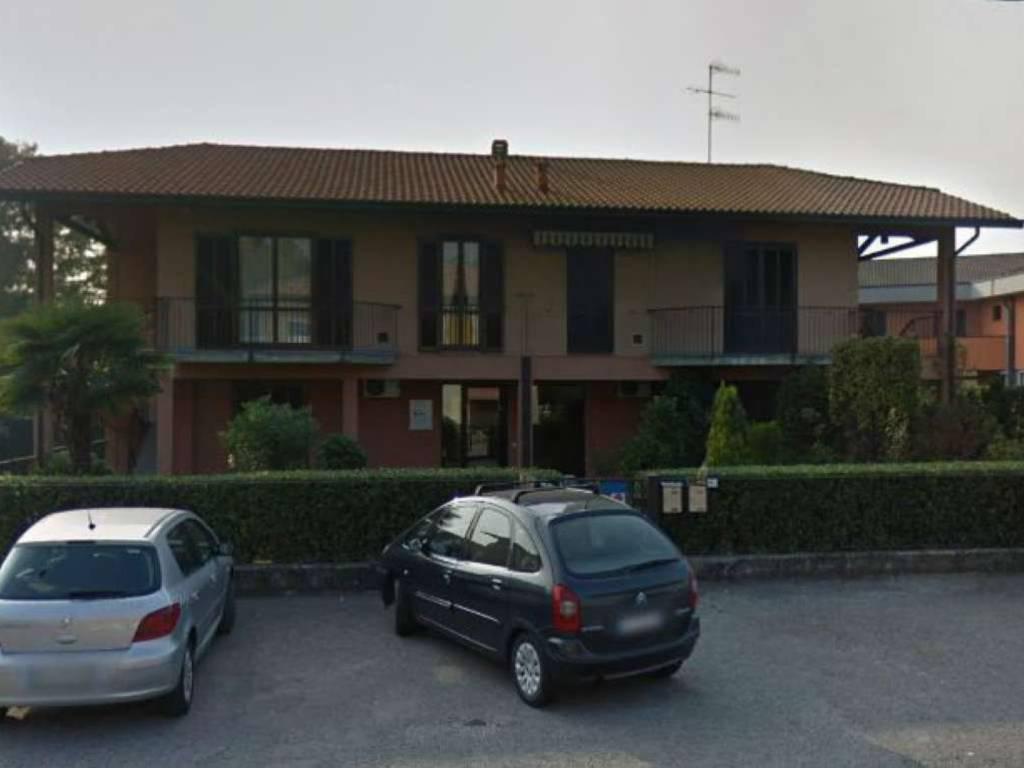 foto Cattura Negozio in Affitto a Castiglione Olona