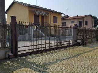 Foto - Terreno edificabile residenziale a Castello d'Agogna