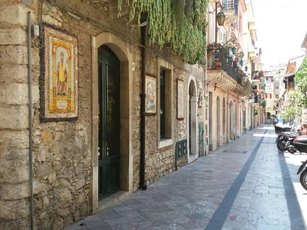 foto via giardinazzo Palazzo / Stabile via Giardinazzo, Taormina