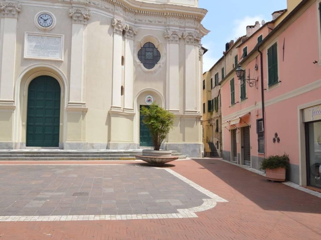 foto  Bilocale piazza San Giovanni, Imperia