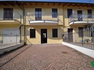 Foto - Villetta a schiera via Bressa, 2, Borgo Vercelli
