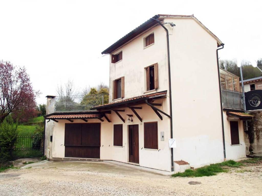 foto 11010036.JPG Single-family townhouse via Da Porto, Montorso Vicentino